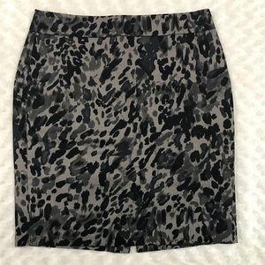 Ann Taylor 8P Pencil Skirt Black Brown Print